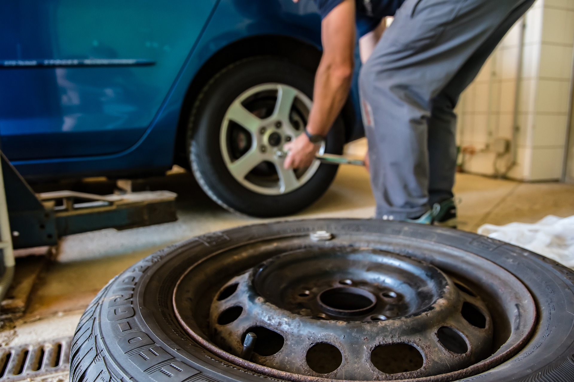 how often should you change your car tires